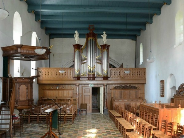 Wirdum int richting orgel
